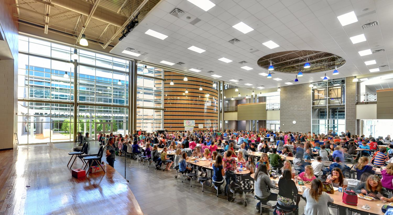 cafeteria02.jpg