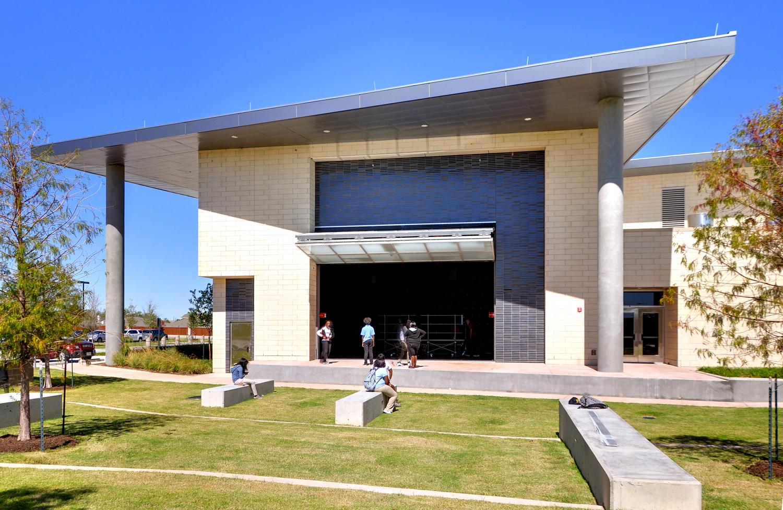amphitheater04.jpg