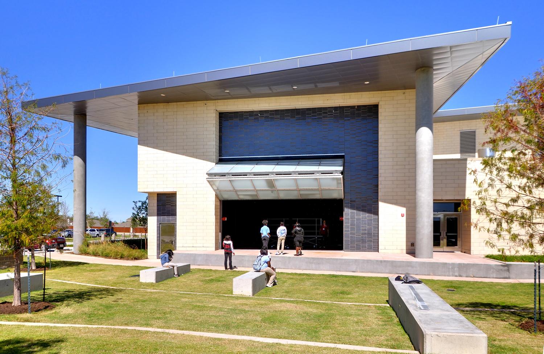 amphitheater03.jpg