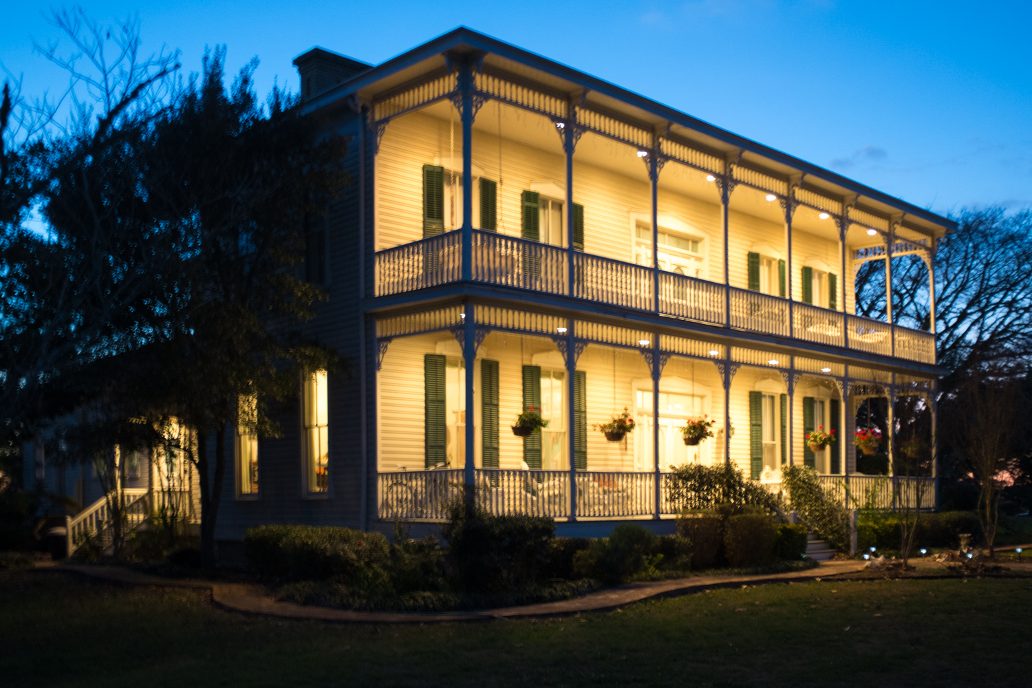 The Belle of Round Top, Bed and Breakfast