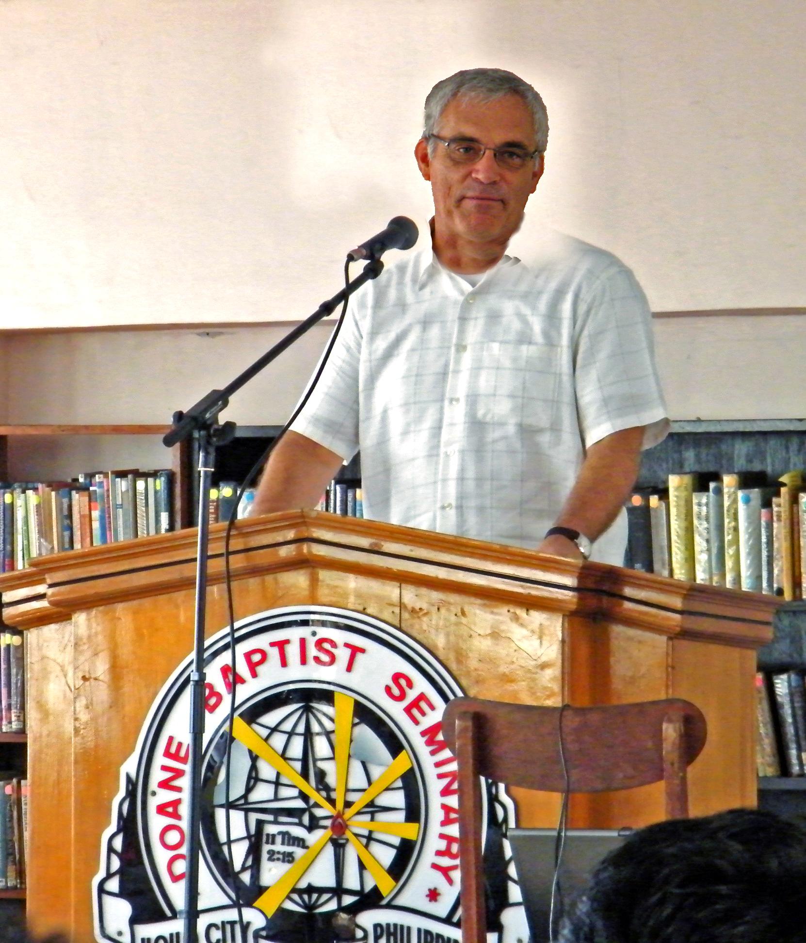 2010 Philippines UbD 1 Doane dale in chapel.jpg