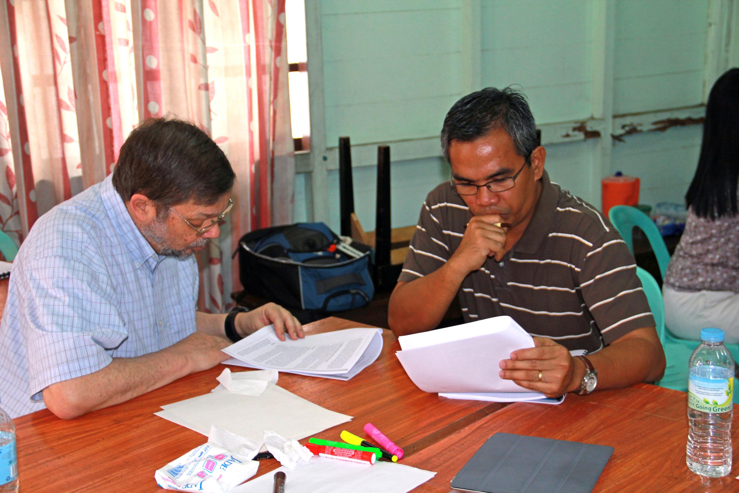 2013 Philippines Doane Dave reading.jpg