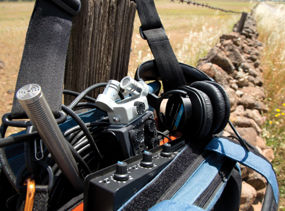 The perfect mobile recording kit as proposed by  Videomaker .