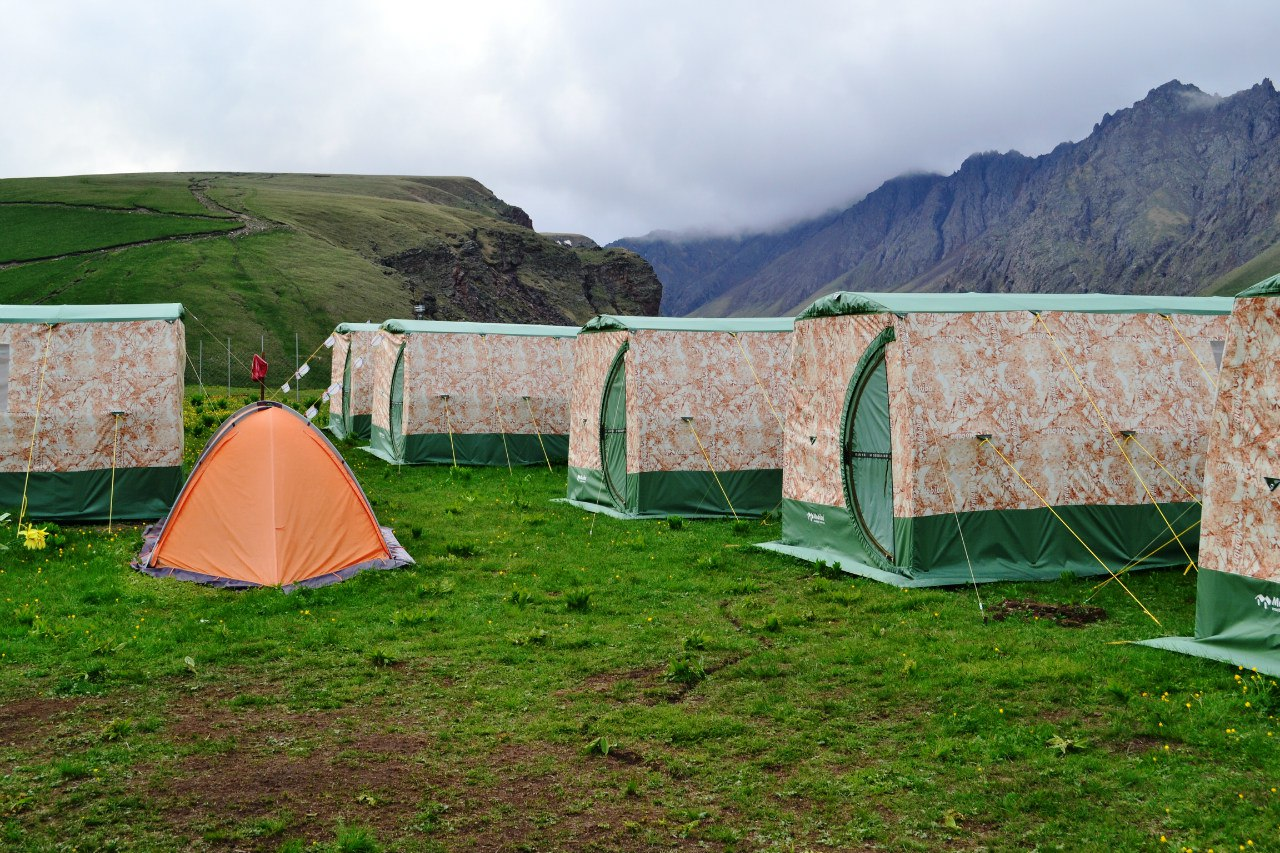 лагерь 2500.jpg