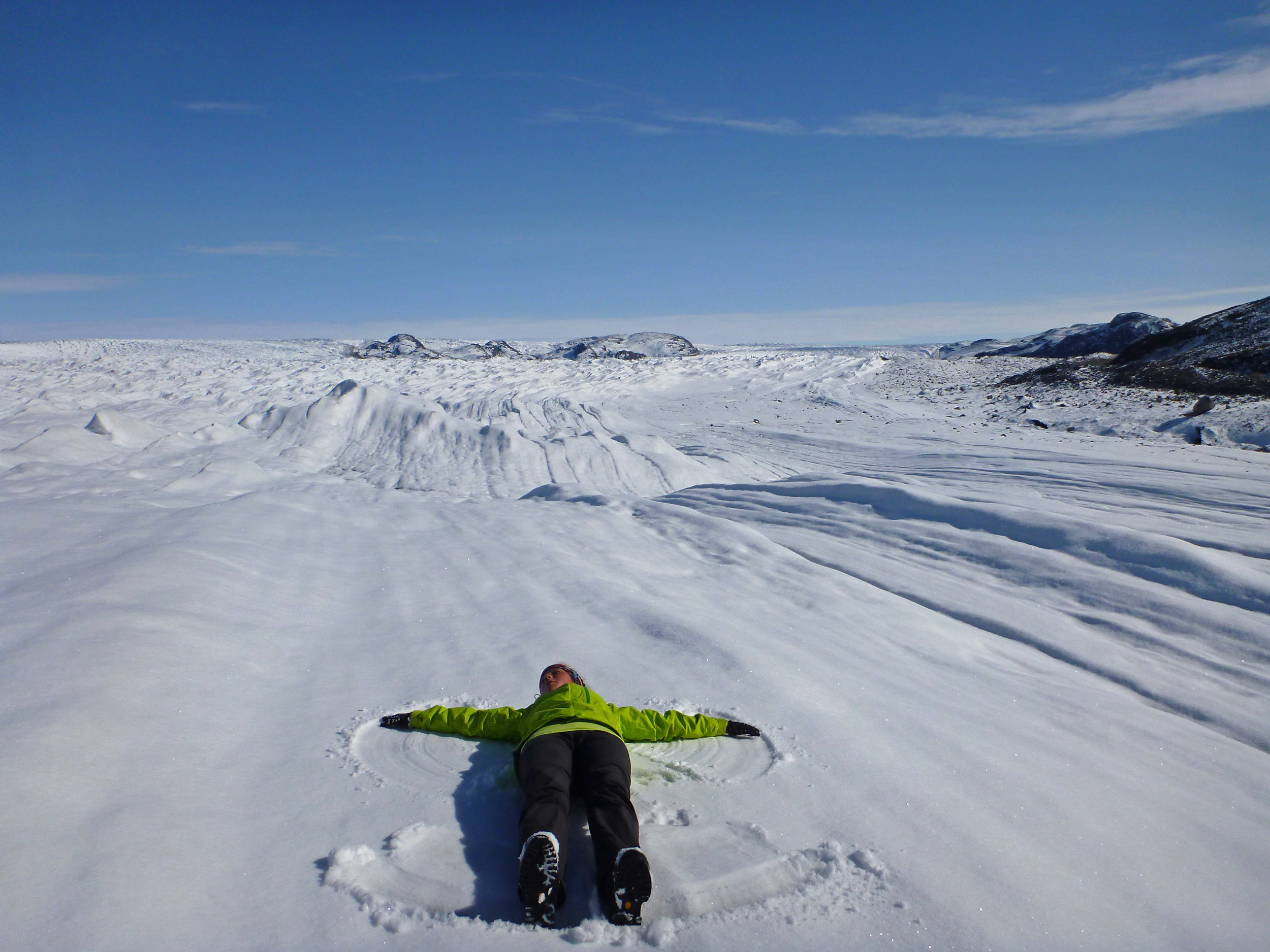 F6 A snow angel on the Ice Cap.jpg
