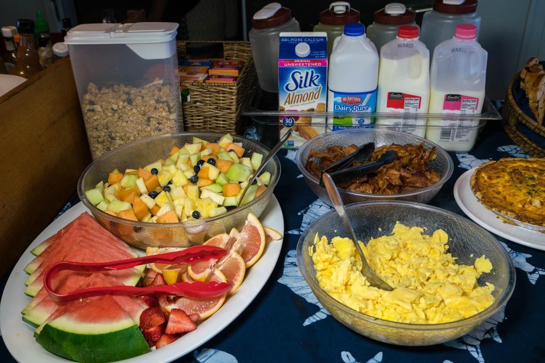 breakfast buffet 1.jpg