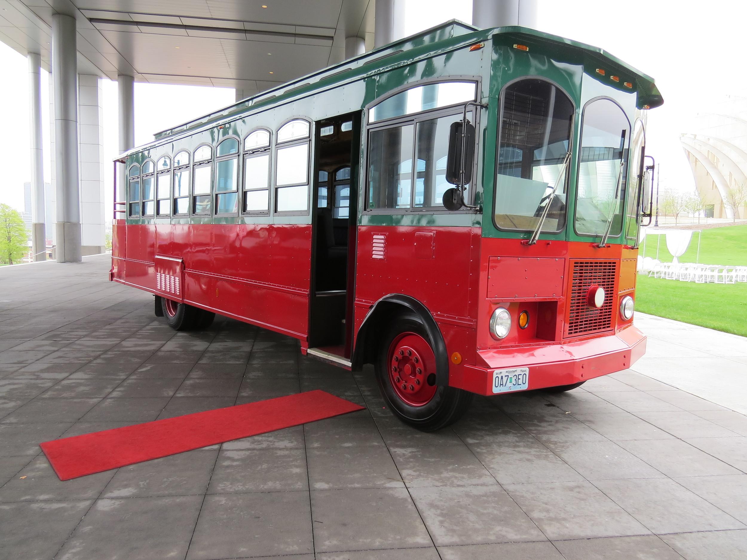 Trolley 1 - Marilyn Jean