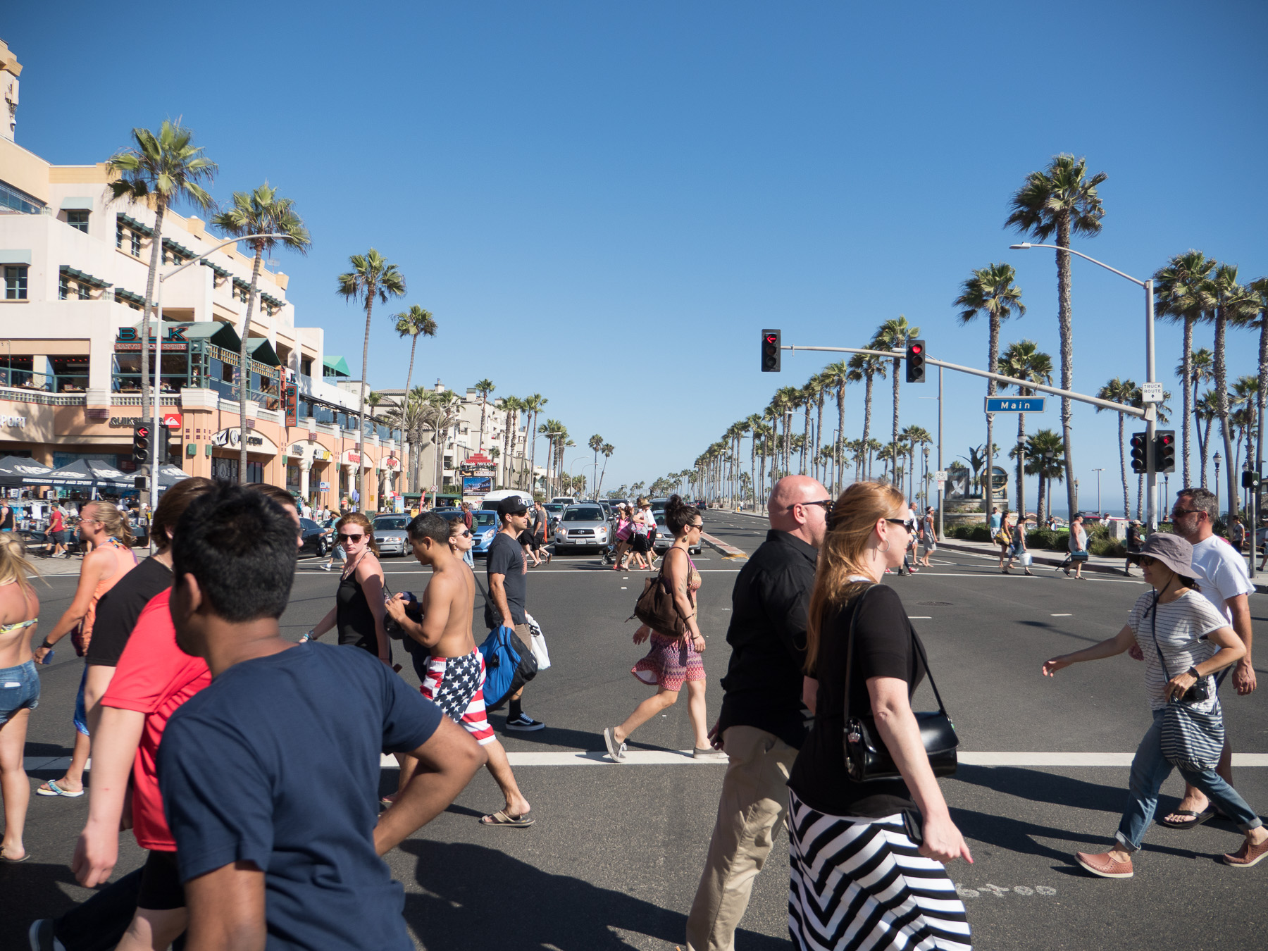 Famous Main St and PCH, Huntington Beach, CA. ISO 200, f/2.8, 1/4000th