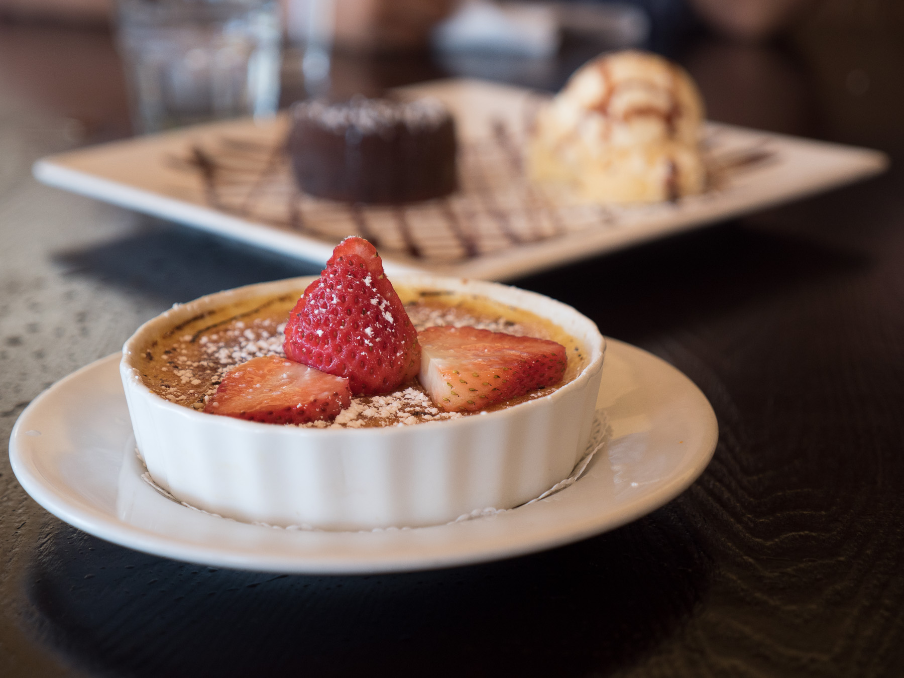 Creme Brulee + Chocolate Suffle. ISO 400, f/2.8, 1/100th