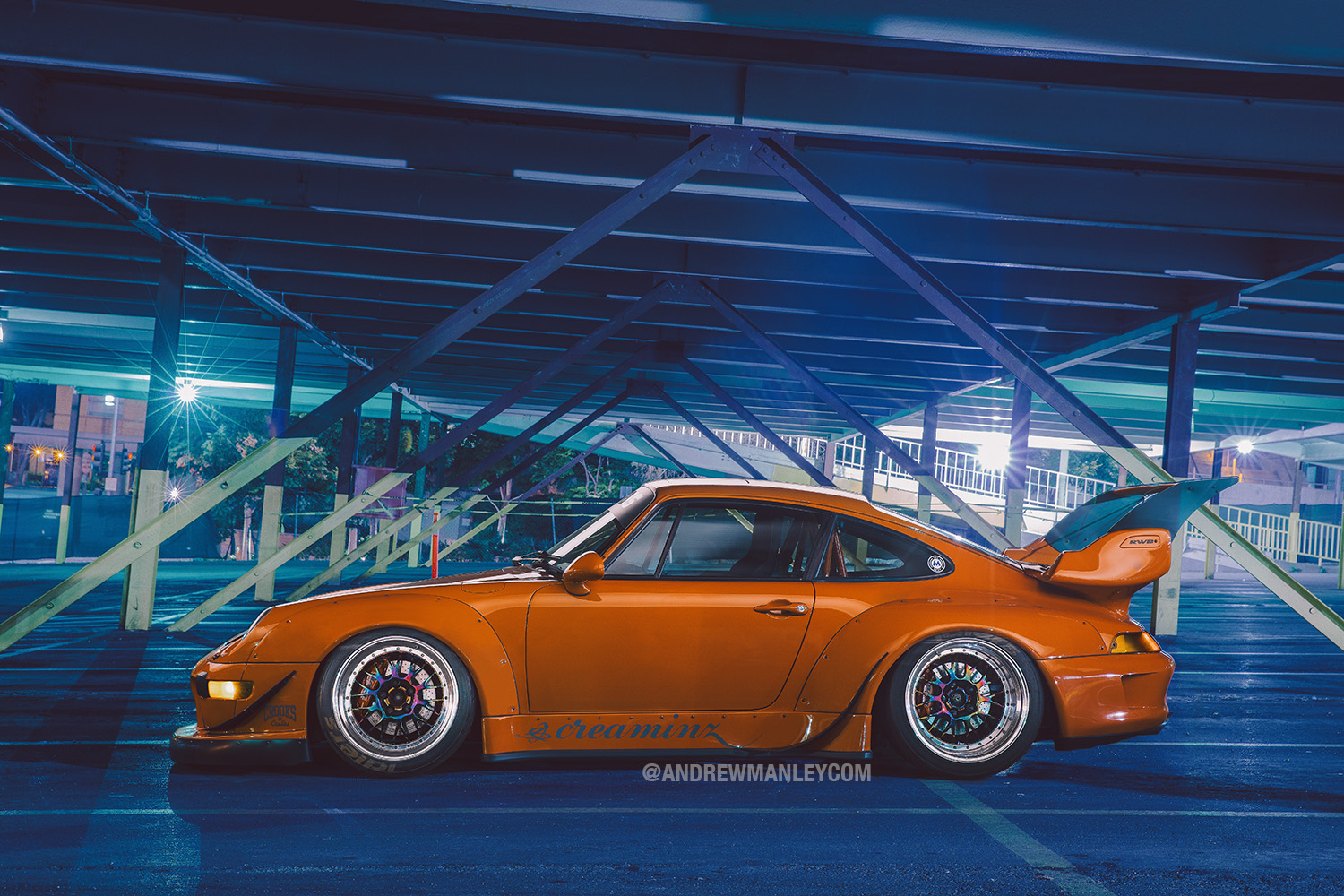 My halo shot of the night. Profile shot of the Creaminz 993 RWB. ©2015 Andrew Manley
