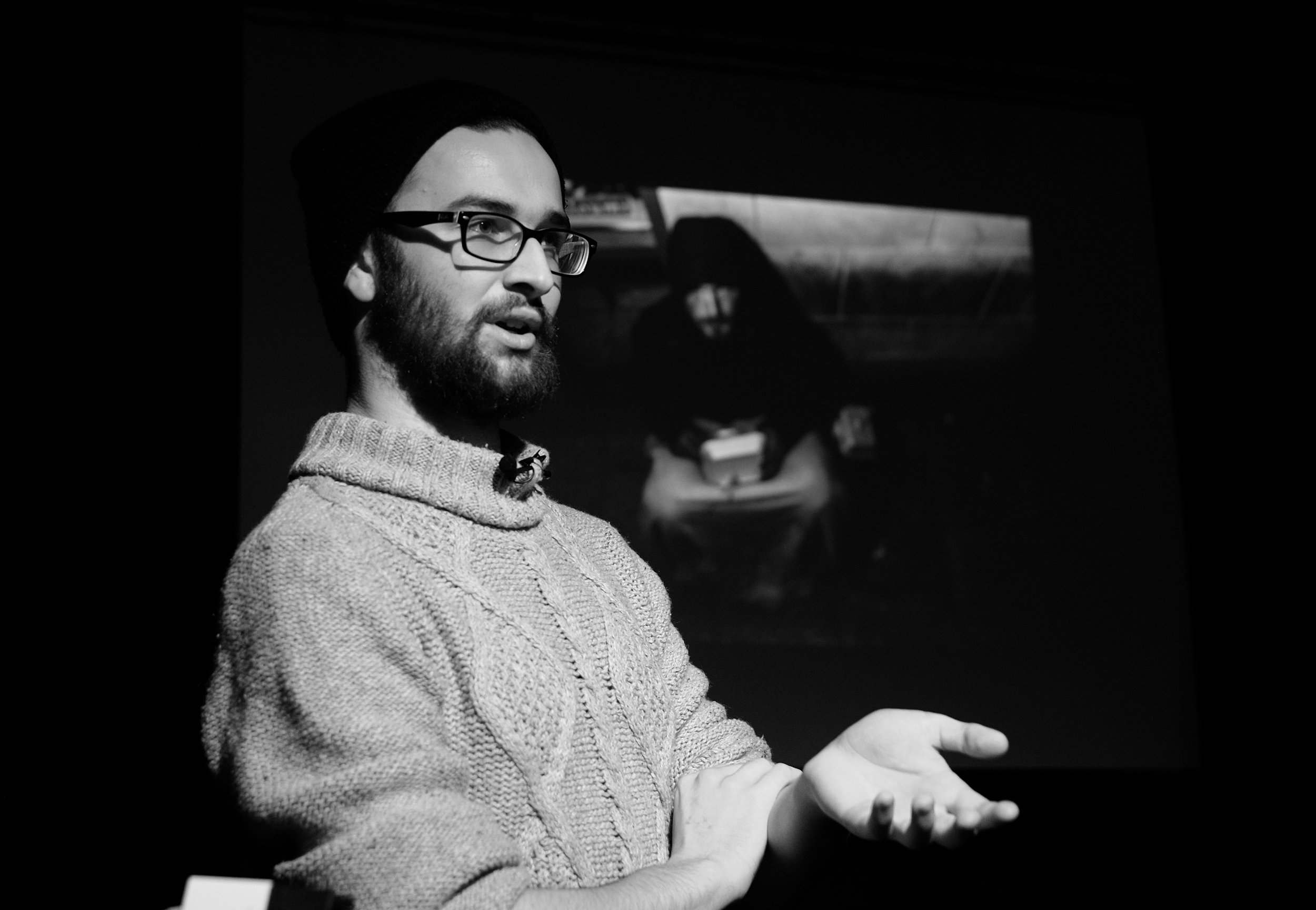 Ben Blyth discussing his Cardiff Homeless project at Ffoton Wales' January '17 Social meet-up