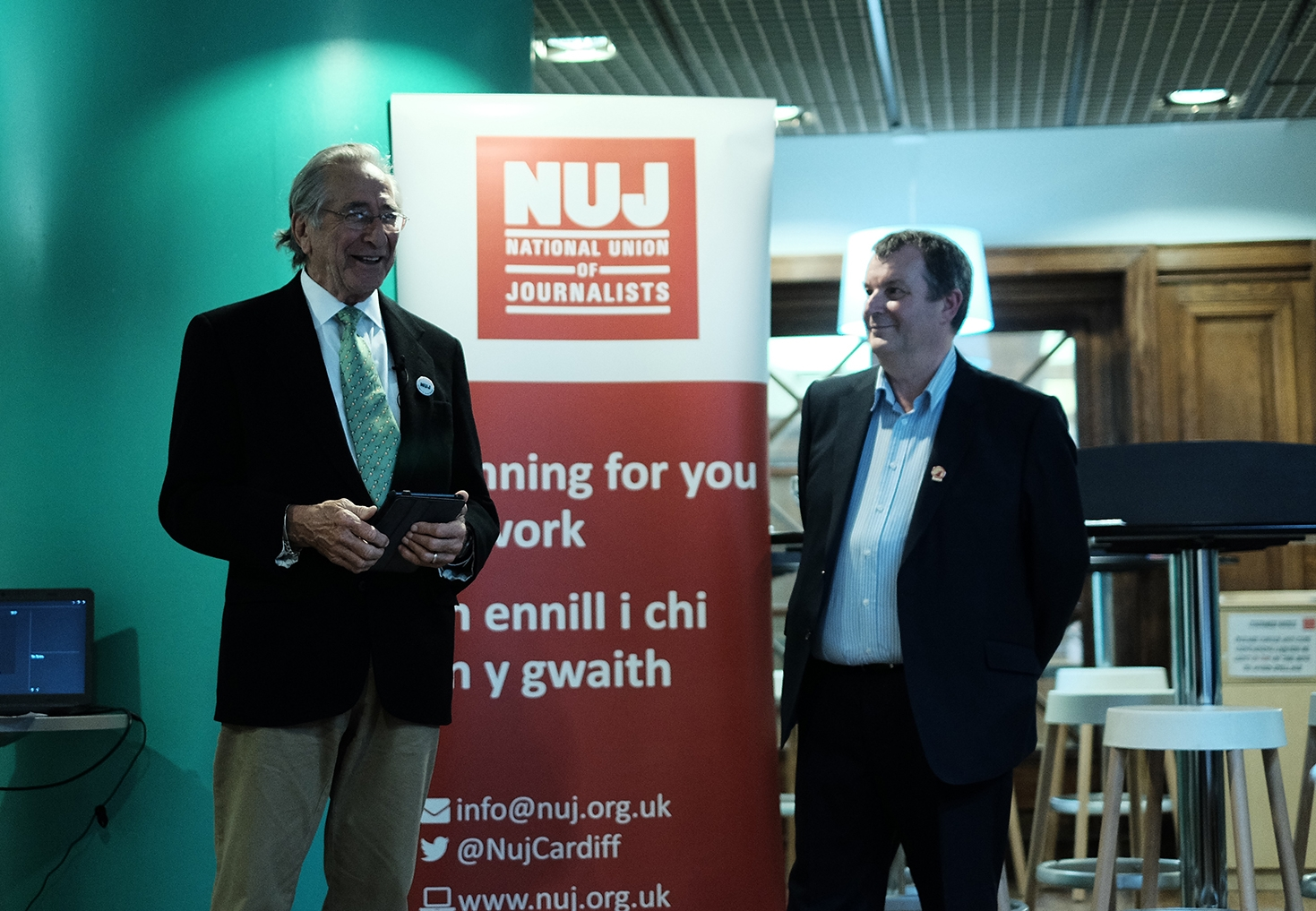 Chuck Rapoport accepting his Award from NUJ South Wales' David Nicholson
