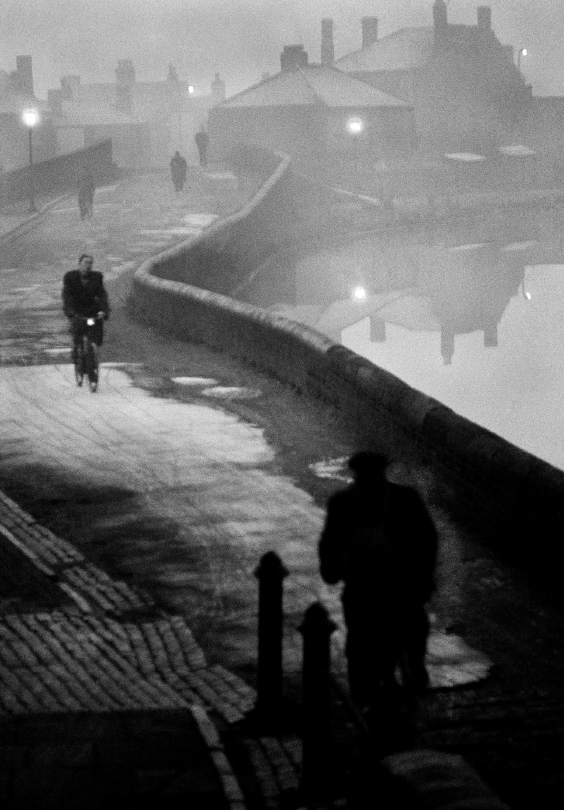 'Tipton at Dawn', from The Black Country series, 1961 © John Bulmer