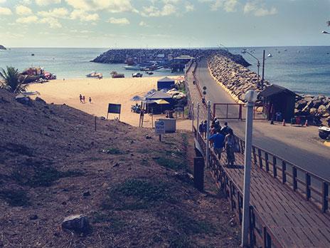 Porto de Fernando de Noronha.