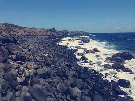 Pedras de todos os tamanhos nos últimos 3km da trilha do Capim-Açu.