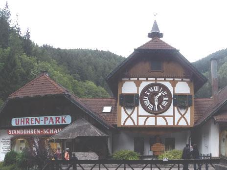 Relógio cucoEble Uhren-Park (Schonachbach27)