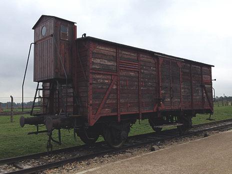 Vagão onde eram transportados centenas de prisioneiros para dentro do campo.