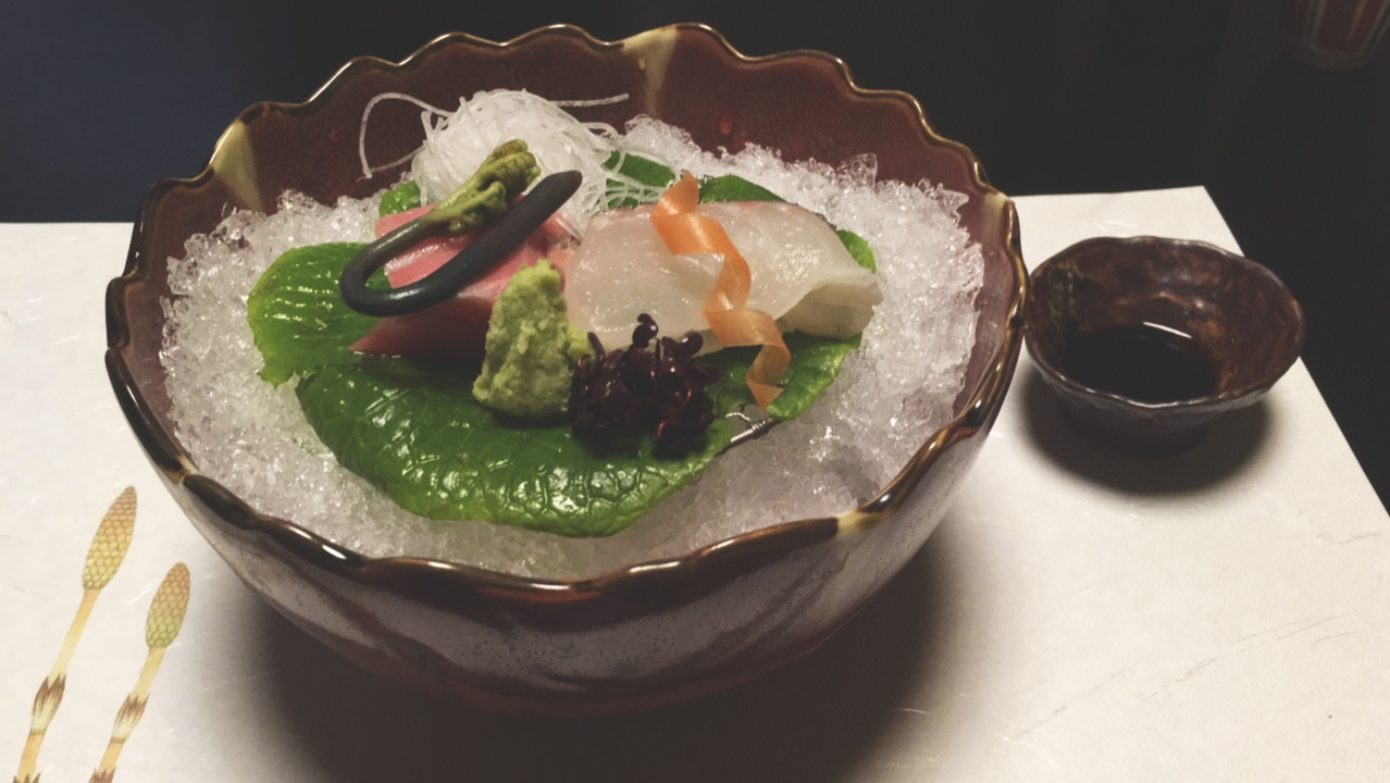 Um dos 7 pratos que nos foi servido durante o Kaiseki (banquete japonês) no ryokan Yama no Chaya.