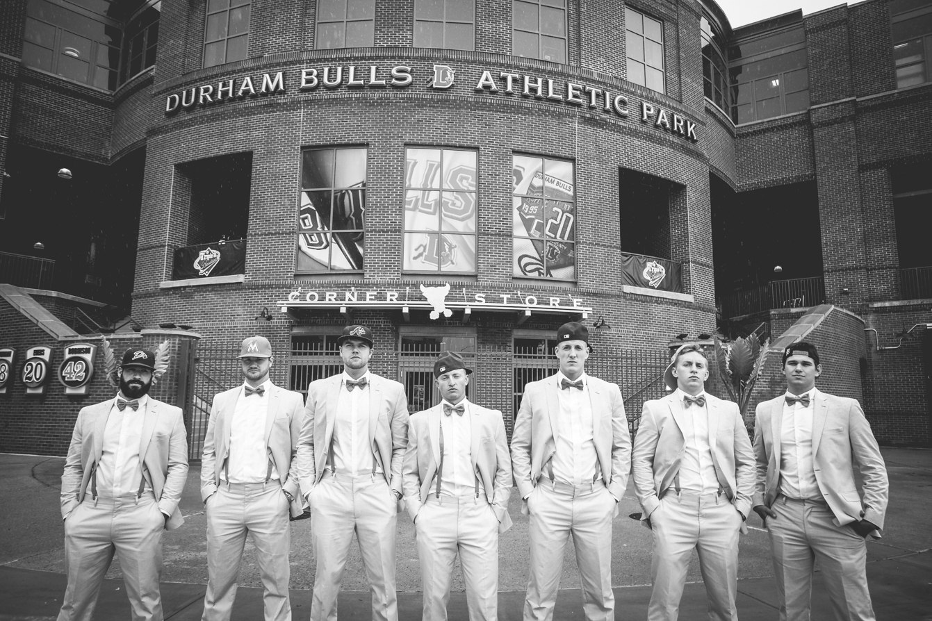 baseball-themed-wedding-photos.jpg