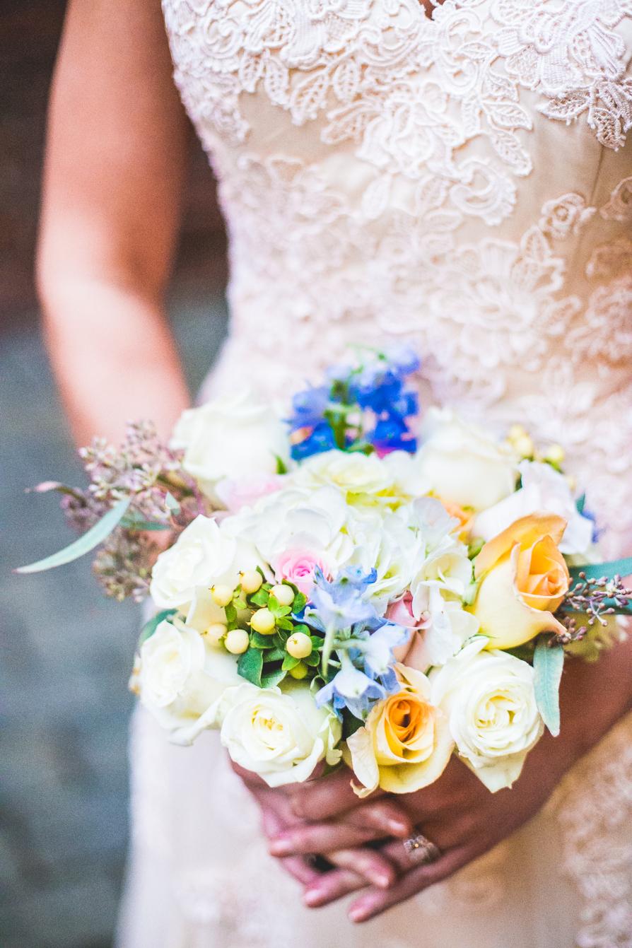 Pretty-Bridal-Bouqet