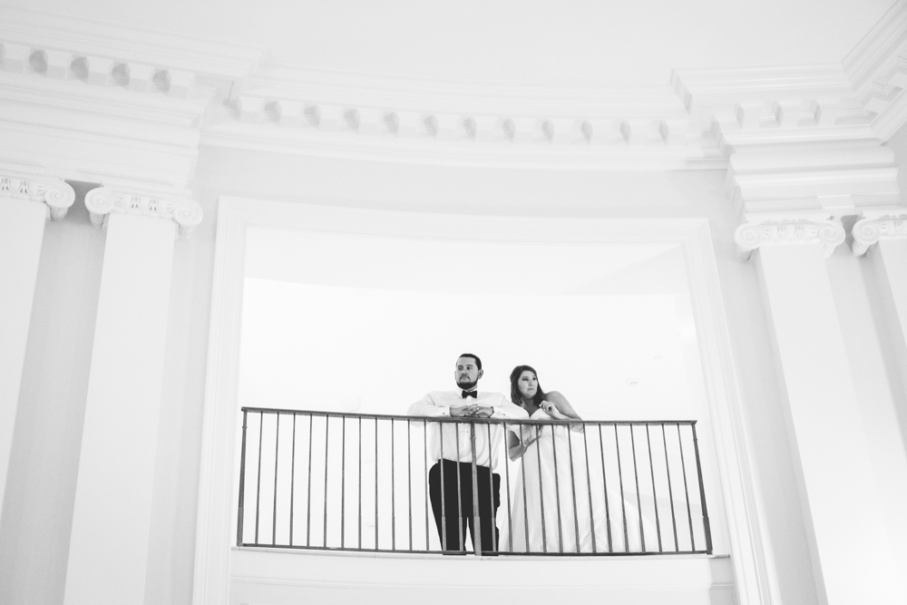 The State Club in Raleigh, North Carolina is an amazing place for a wedding. As soon as you walk into the venue you are greeted with a beautiful twin stair case that is absolutely amazing for your wedding photos.