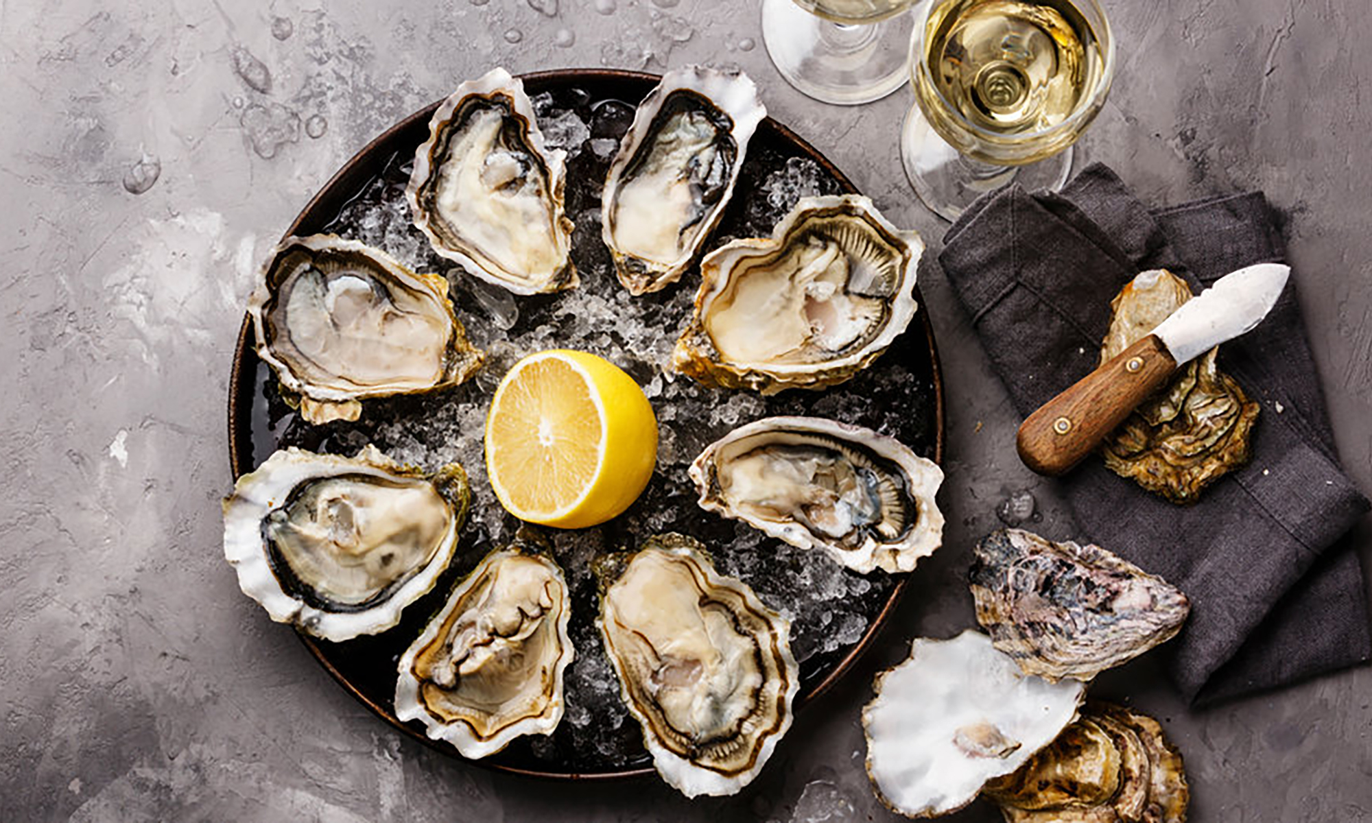 Top-Tips-For-Pairing-Oysters-Champagne-v3.jpg