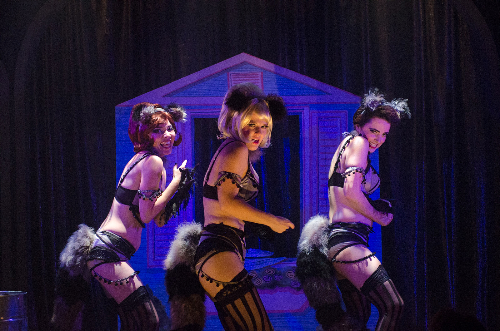 Stacey Yen, Emily Walton and Tansy in Eager to Lose at Ars Nova