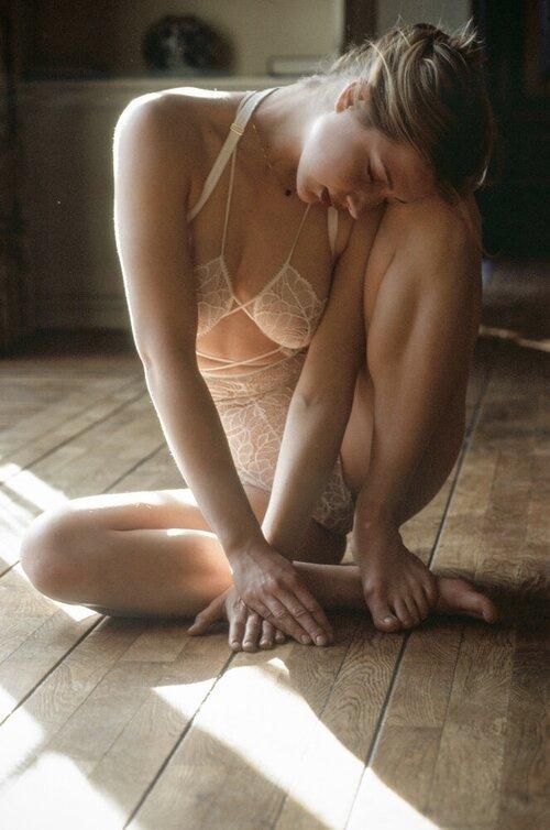 Tisja Damen Nude