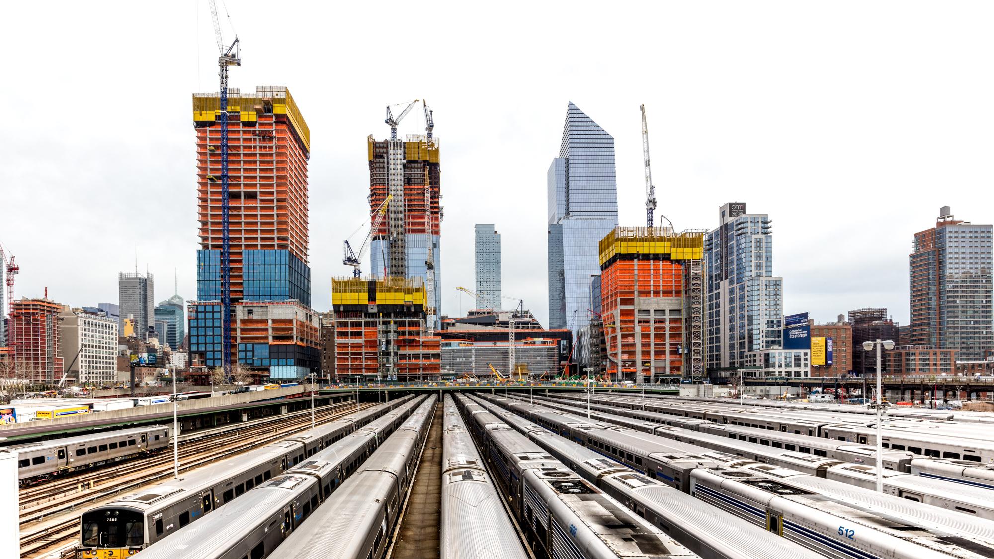 Hudson Yards train hall 2.jpg