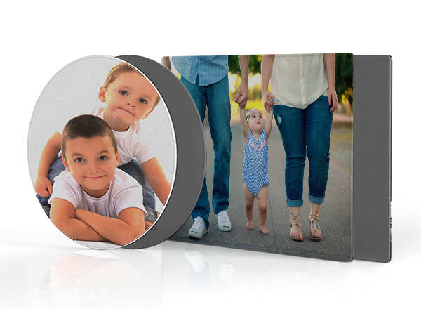 Placemat - Make mealtimes more personal or just save yourself from the age-old argument about who's sitting where! Available in 2 Shapes: Rectangle and Round.Guideline Retail Price $20.00