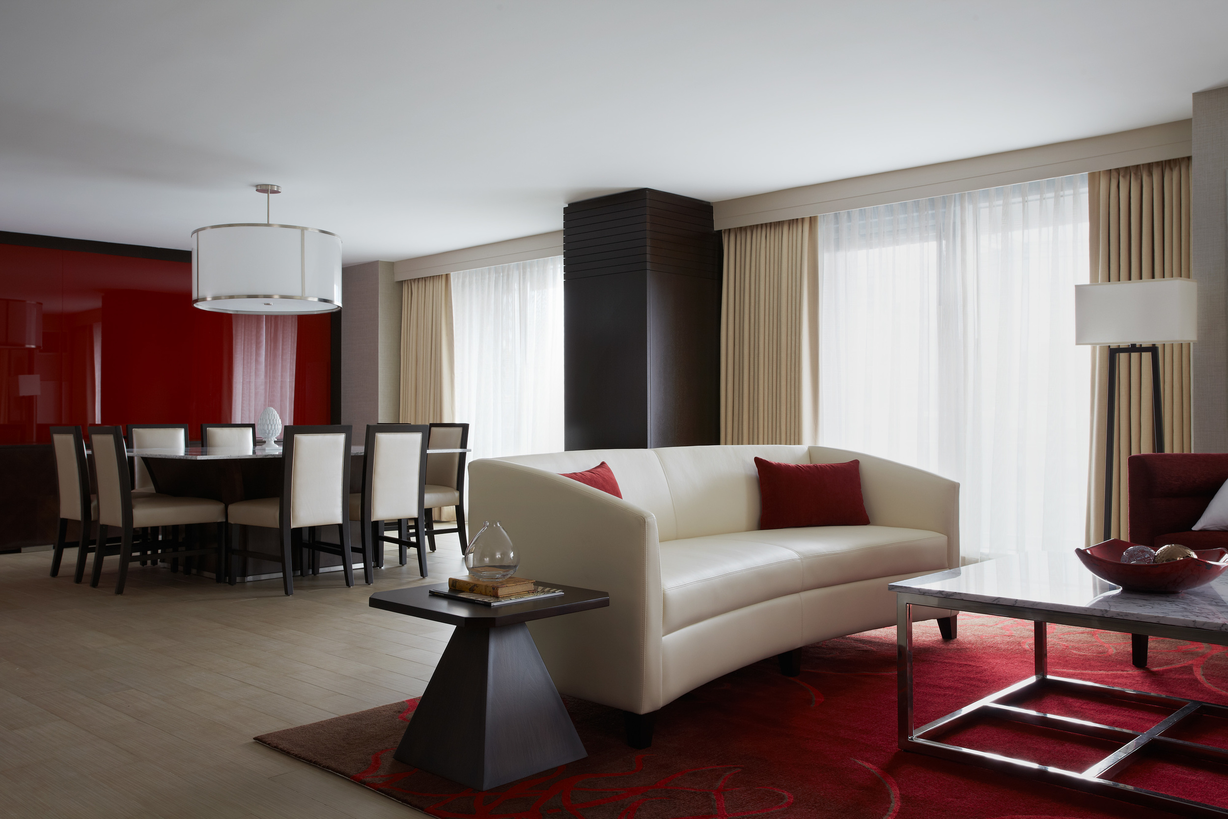 Marriott_Marquis_DC_Presidential_Suite_219042.jpg