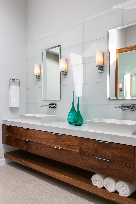 Modern-turquoise-master-bath.jpg