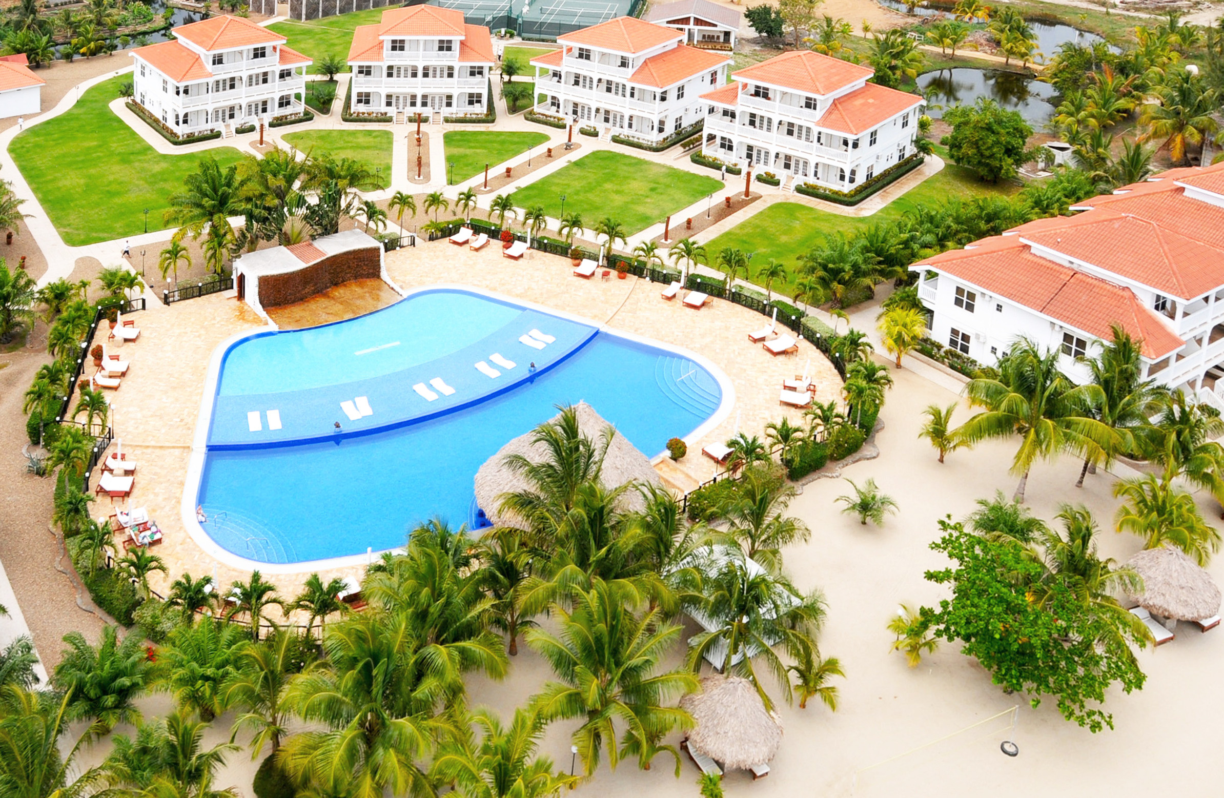 Pool and Rooms Aerial ©ThePlacencia.jpg
