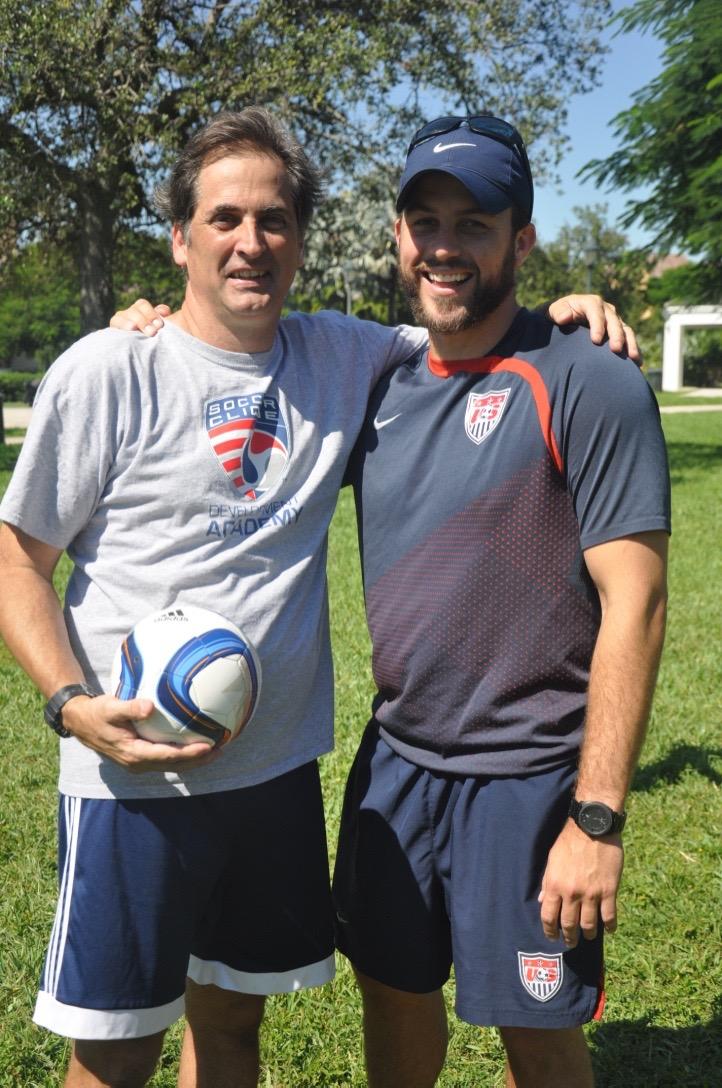 Gordon Bengtson visits Soccer Clique!