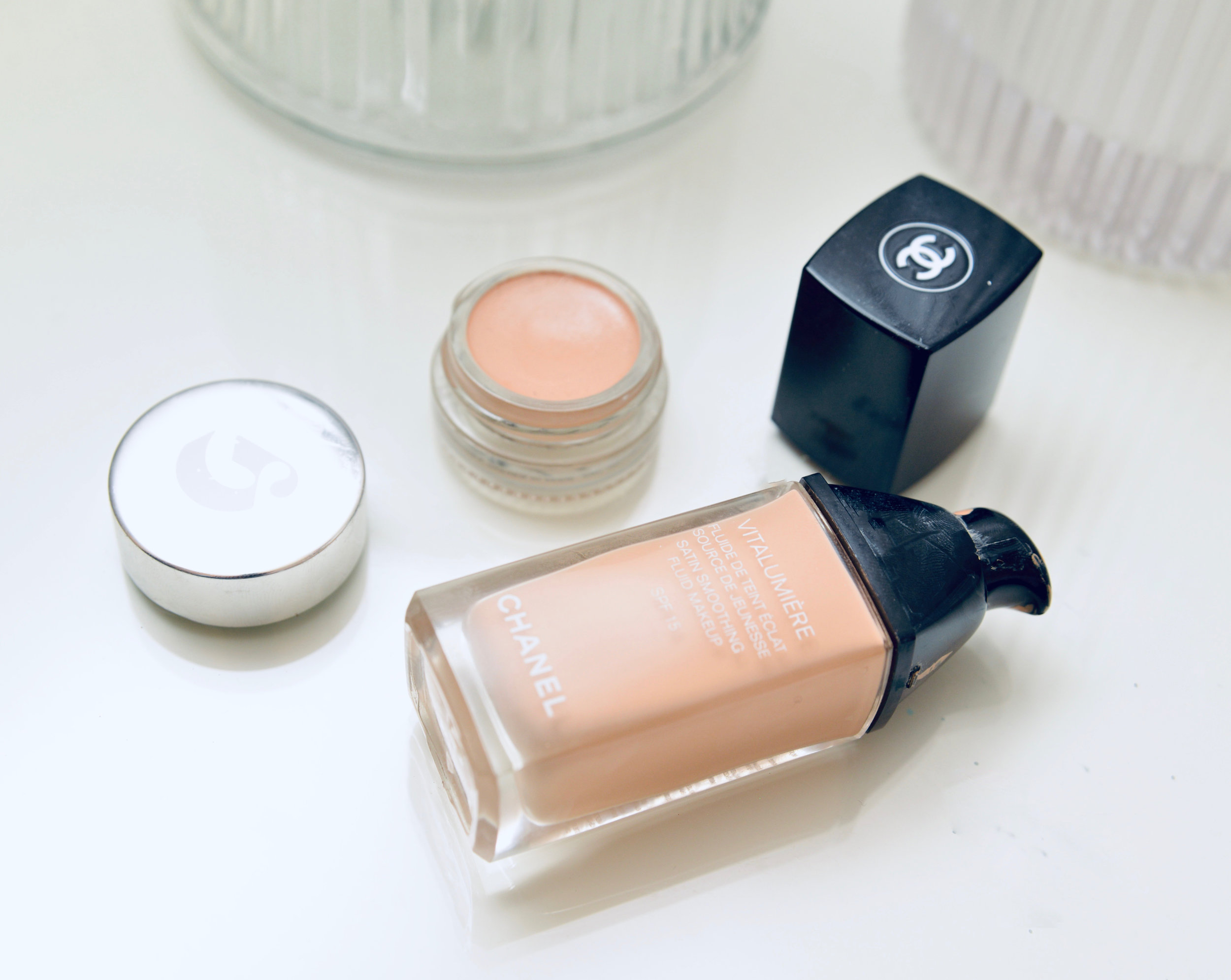 Chanel Lumiere Foundation