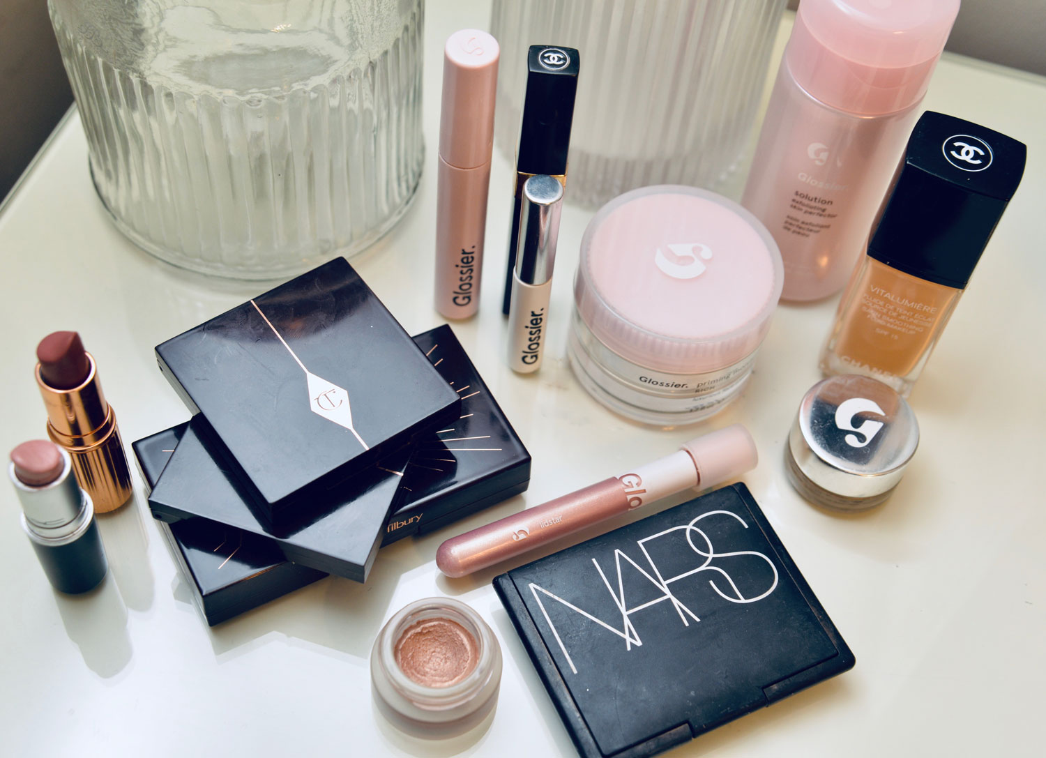 The+Obsession+Diary+Make+Up2.jpg