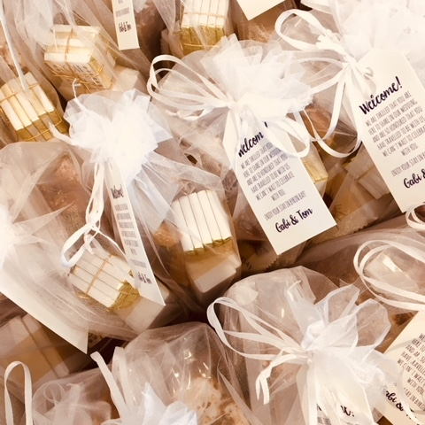 Wedding Favours - Would you like to leave a gesture of appreciation by giving your guests a small present? We're able to cater to all sizes and can adjust packages based on your budget.