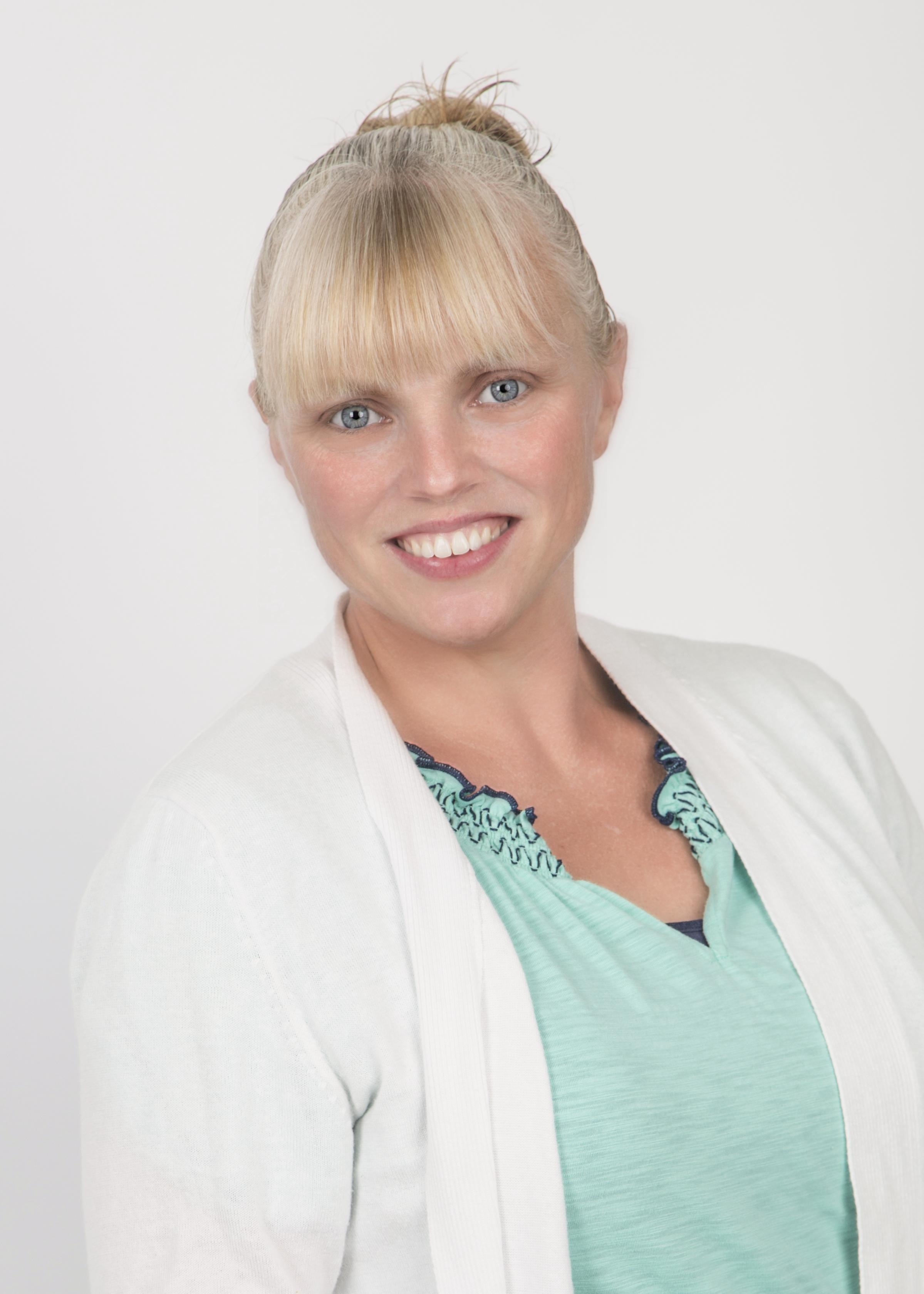 Amanda Brown, Full Charge Bookkeeper
