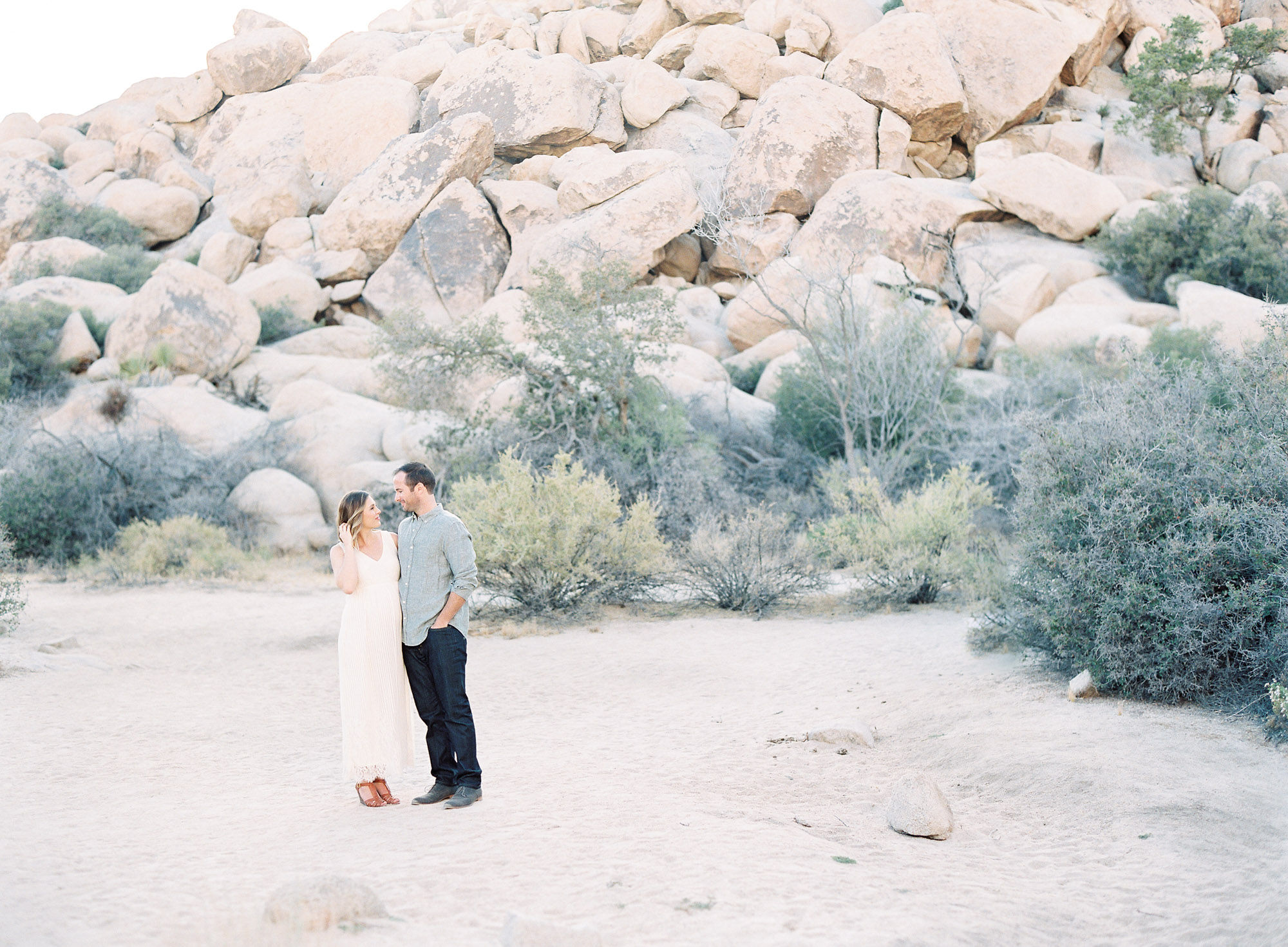 Joshua Tree Maternity Session Palm Springs-1-4.jpg