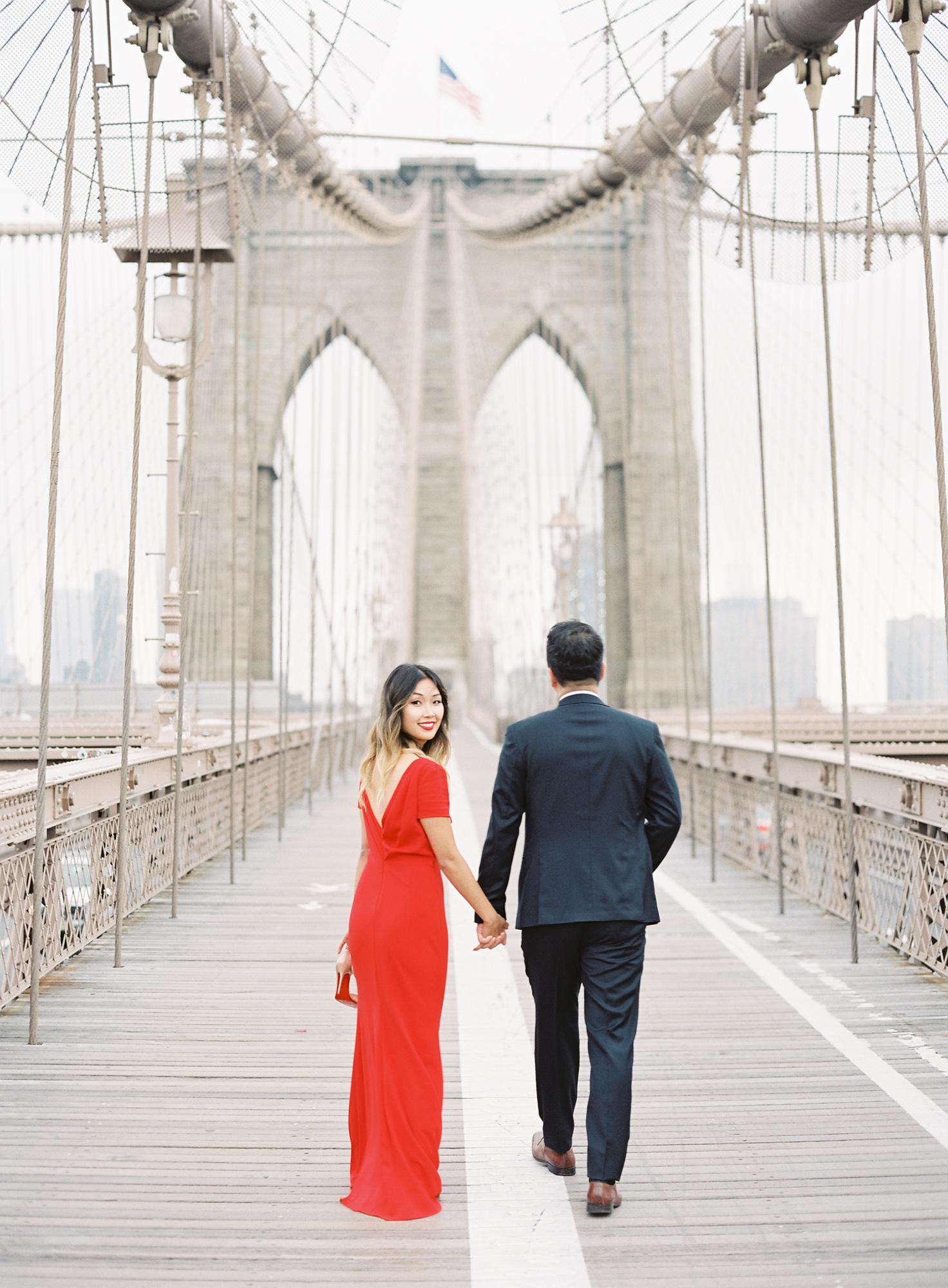 New-York-Film-Engagement-Session-Brooklyn-Bridge-Central-Park-4.jpg