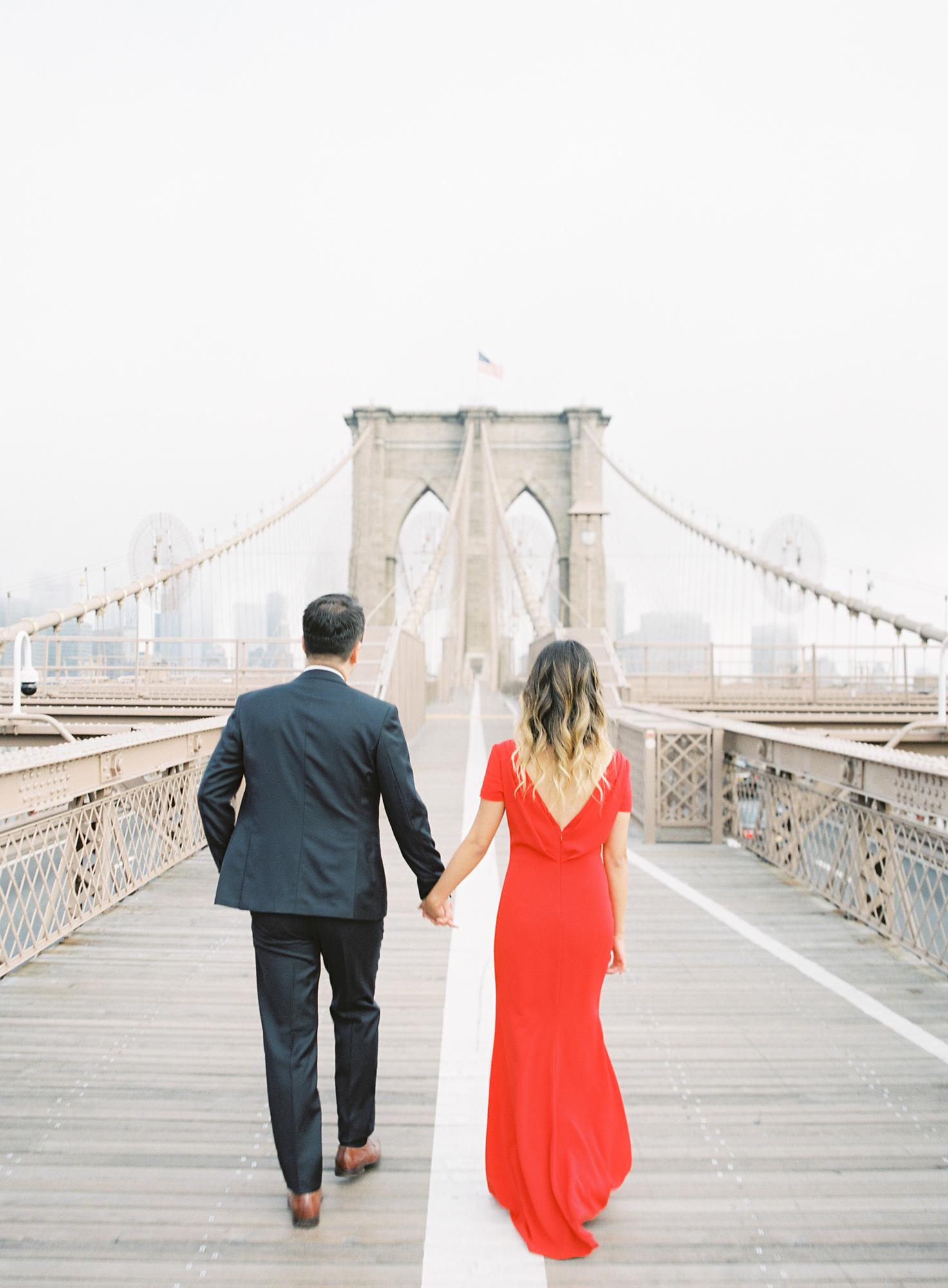 New-York-Film-Engagement-Session-Brooklyn-Bridge-Central-Park-6.jpg