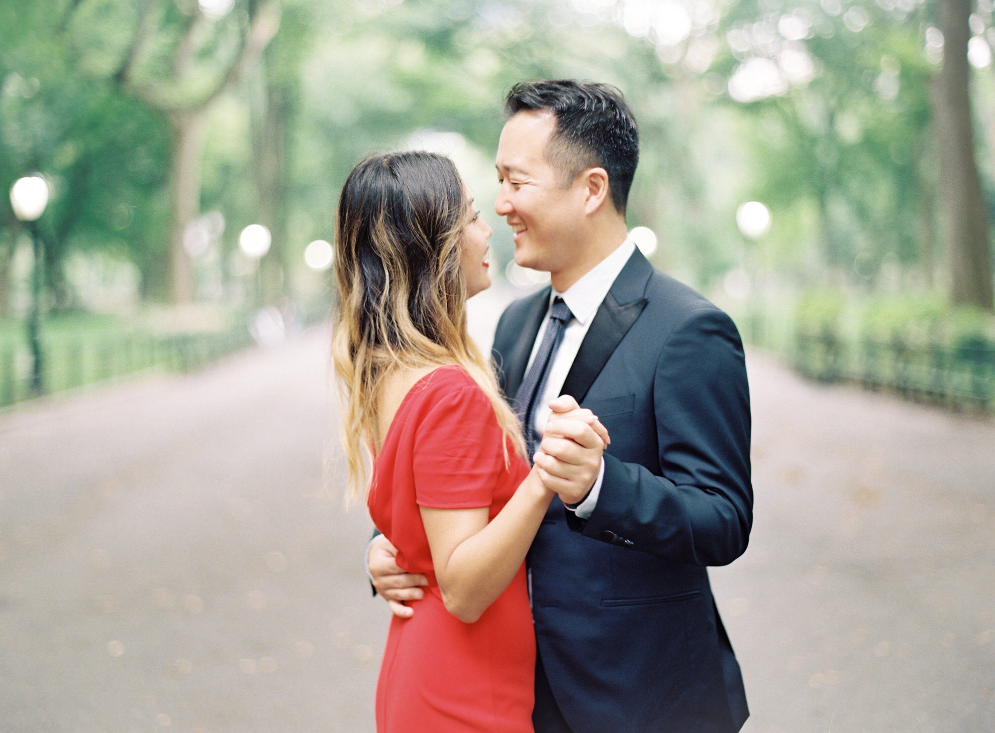 New-York-Film-Engagement-Session-Brooklyn-Bridge-Central-Park-14.jpg