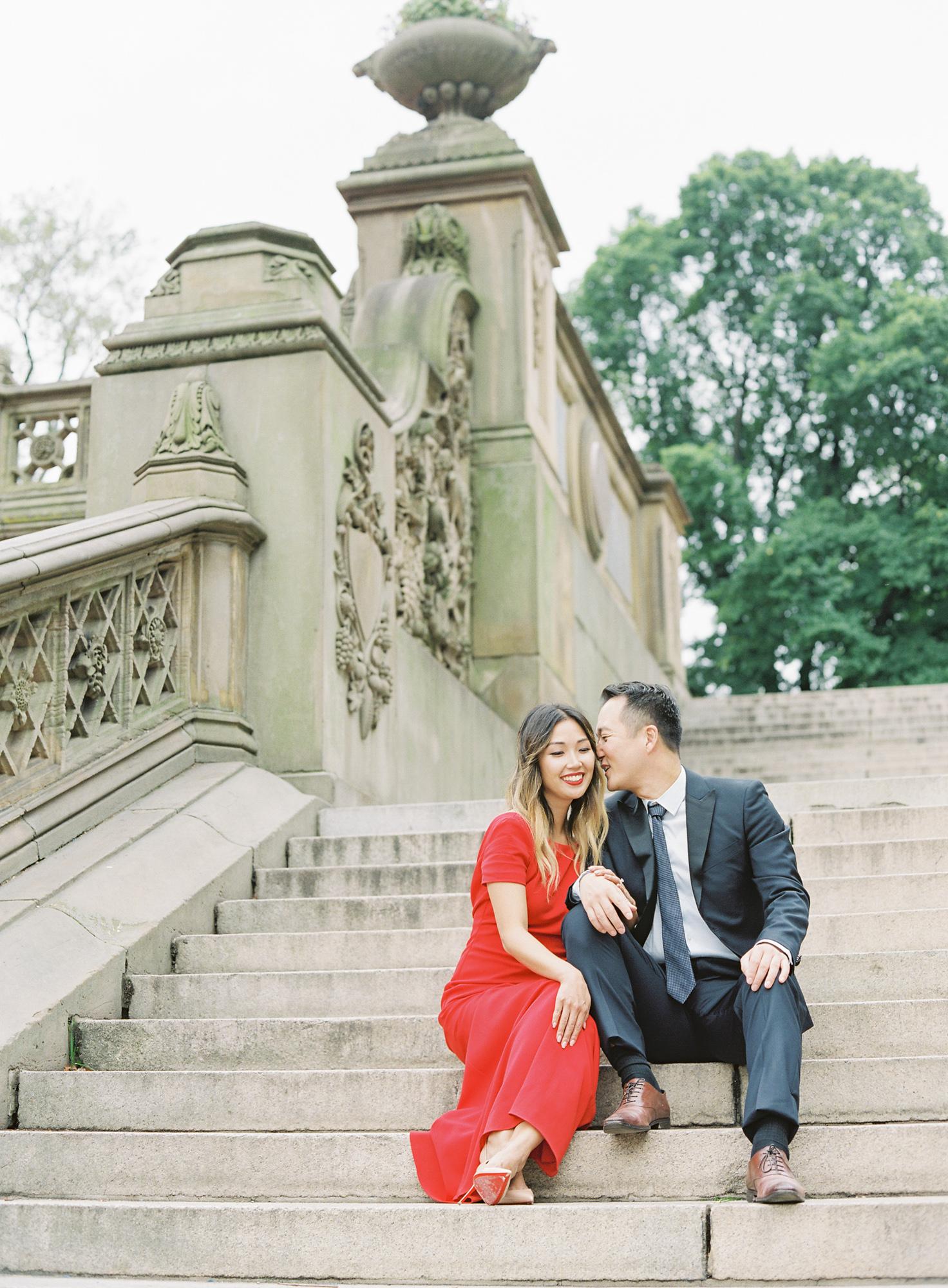 New-York-Film-Engagement-Session-Brooklyn-Bridge-Central-Park-17.jpg