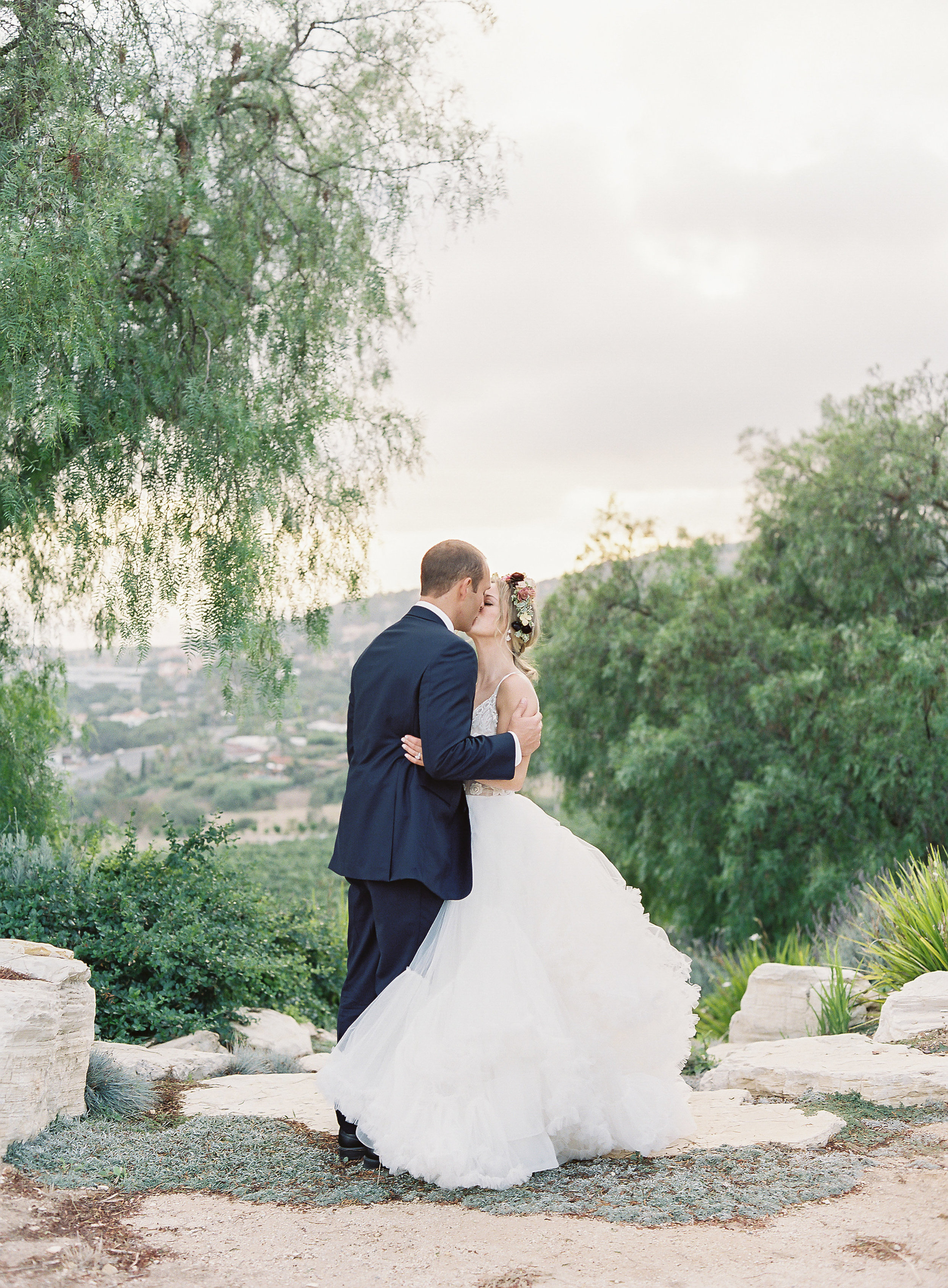 Catalina-View-Gardens-Wedding-R+N-827.jpg