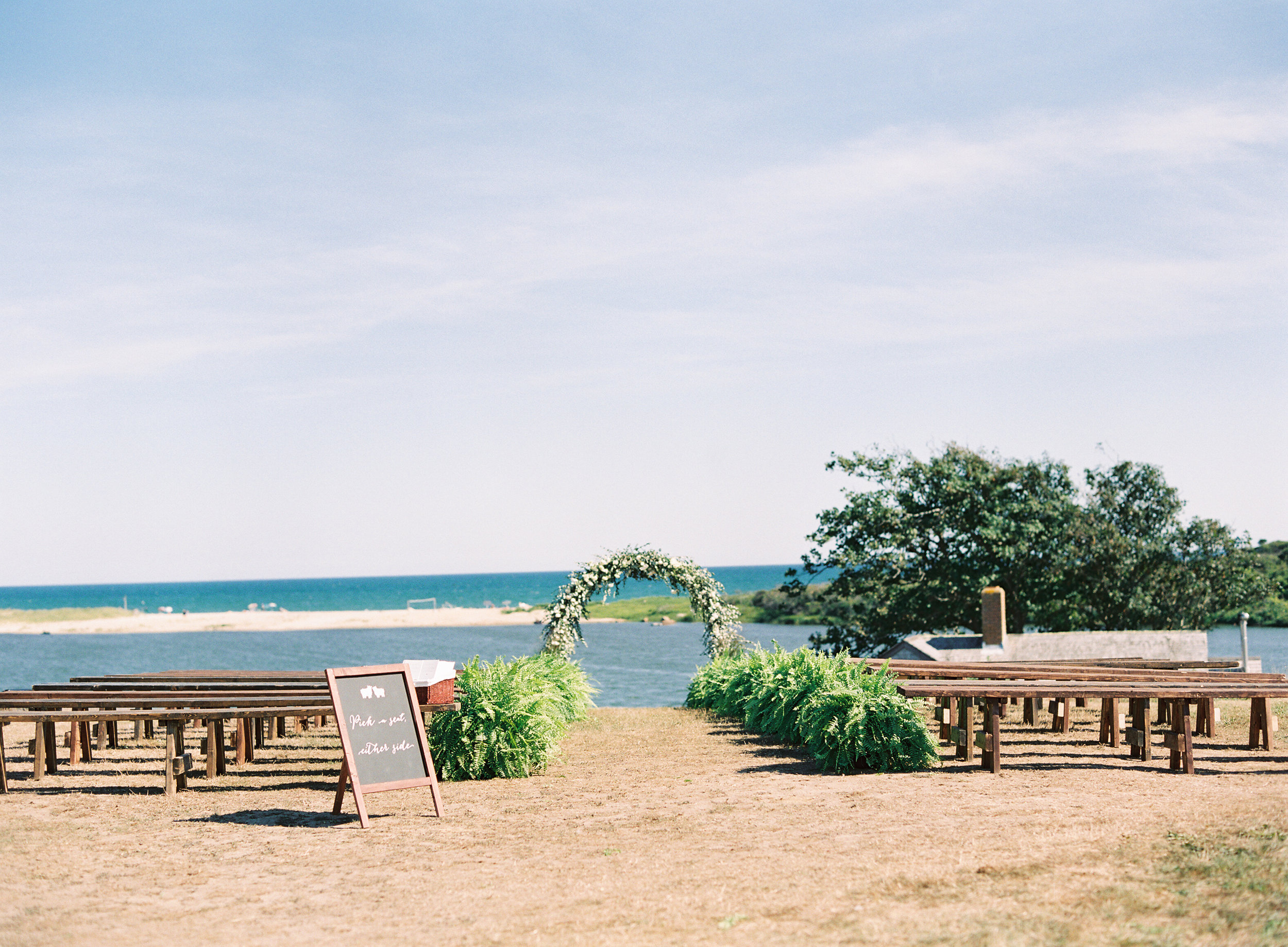 Marthas-Vineyard-Wedding-on-Martha-Stewart-430.jpg