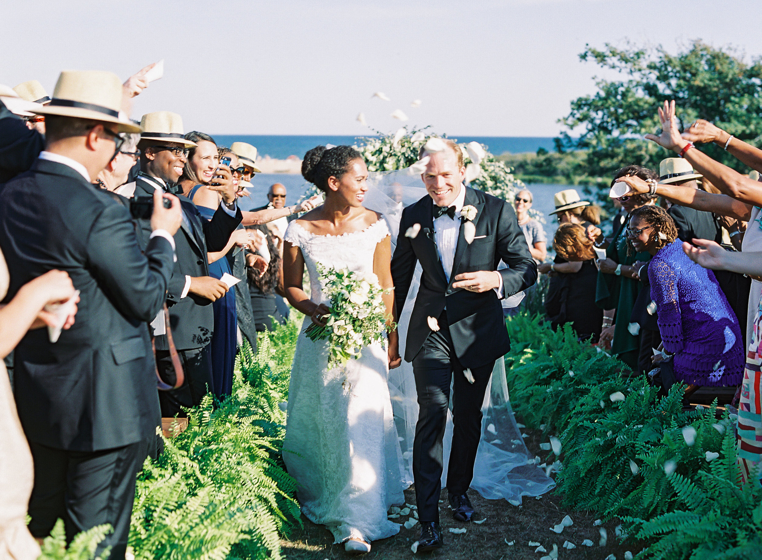 Marthas-Vineyard-Wedding-on-Martha-Stewart-641.jpg