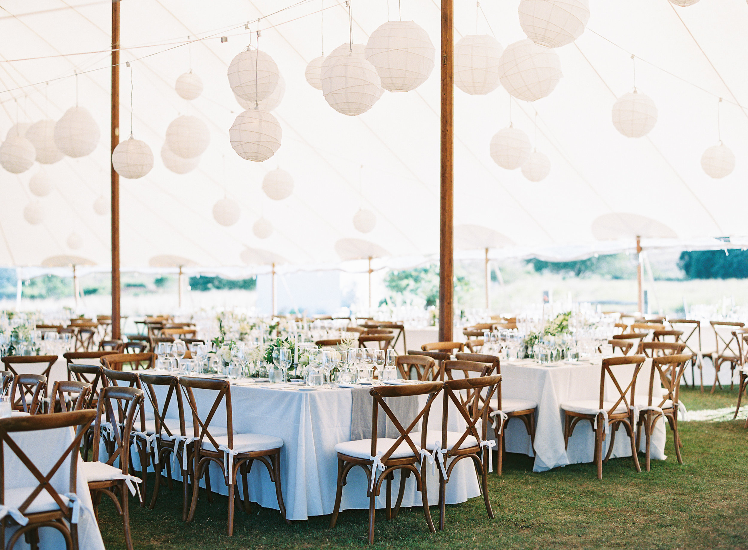 Marthas-Vineyard-Wedding-on-Martha-Stewart-708.jpg