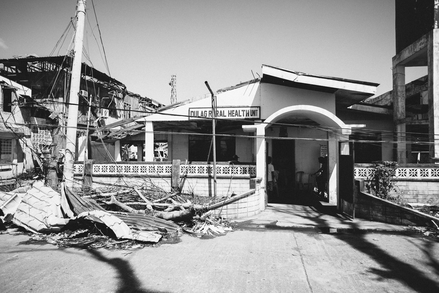 The structure of the clinic has survived the typhoon and have now been cleared from mud and rubble. Water is on its way from a Red Cross project and locals are working on getting generators up and running.