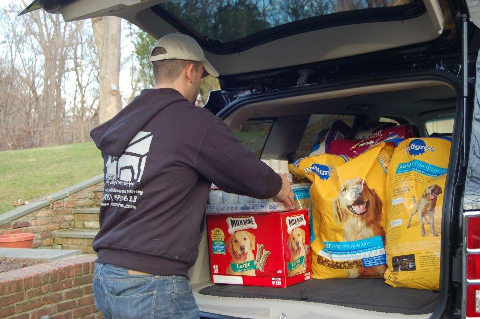 Dan's Dog Walking and Pet Sitting Pet Food Drive