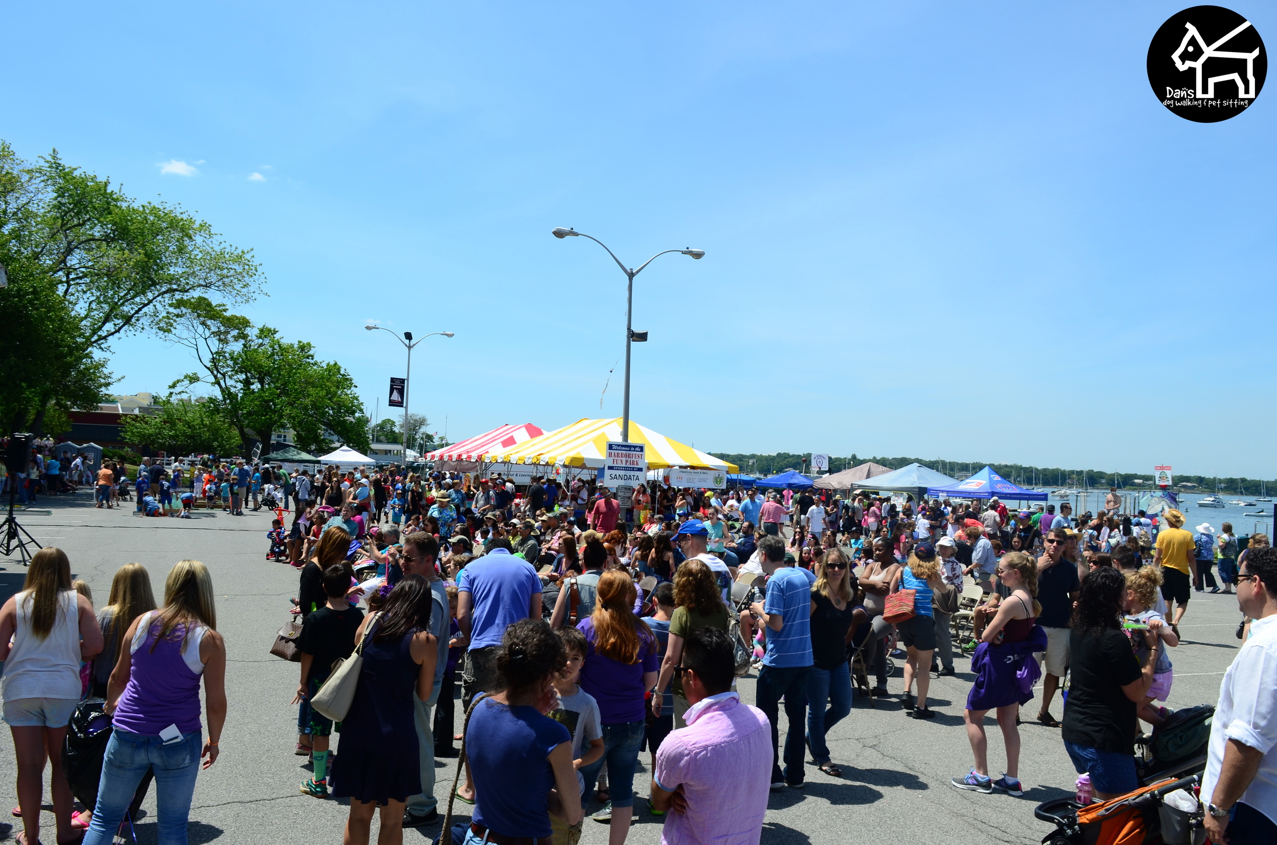 Everyone enjoying the day at Harbor Fest 2015.jpg